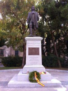 Blas de Lezo estatua madrid colon flores